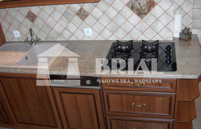 blat kuchenny granitowy, granit Gibli, kuchnia w kamieniu, zlewozmywak nakładany na blat, granit Indie, granit indyjski