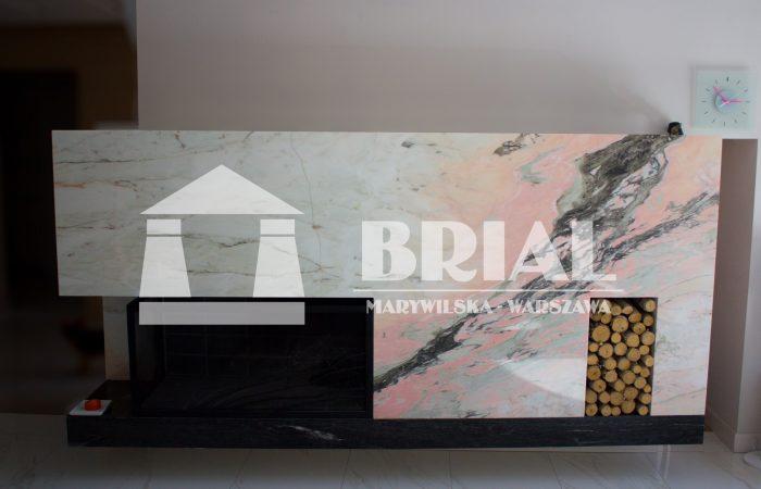 Marmurowa obudowa kominka - Rosa Portugalo